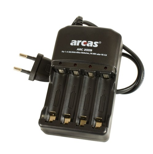 Chargeur Arcas pour 4 accus AA / AAA